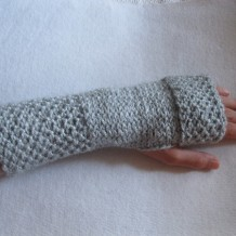Pebbles & Stones Fingerless Mitts